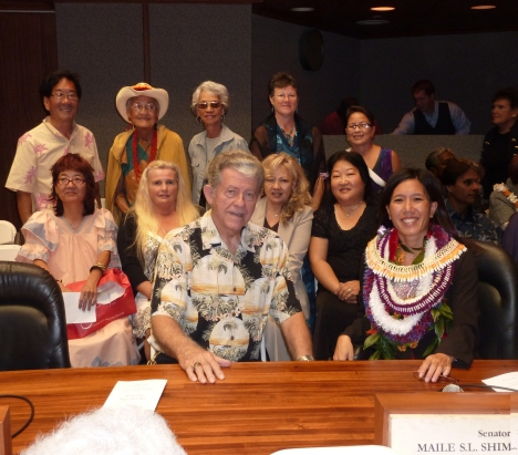 Back row – Gerald Kita, Puna Ka`aiali`i-Ramos, Gege Kawelo, Laurie Lawrence, EJ Brown; Middle Row – Faith Arakawa, Cathy Outland, Jessie Torres, Sandie Morimoto; Front Row – Brooks Outland, Maile. Click the images to enlarge. Click here to view more pictures from Opening Day (January 2011) taken by Cathy Outland.