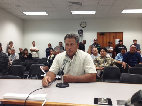 Fisherman Carl Jellings of Wai'anae testified passionately in opposition to a bill proposing a ban on the use of synthetic nets.