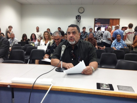 Waianae resident Frank Ruiz testified before the Senate Water and Land Committee.