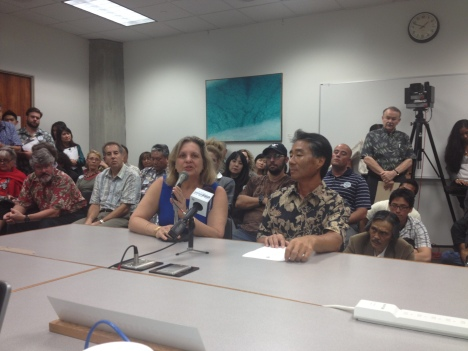 Dr. Vija Sehgal of the Wai`anae Coast Comprehensive Health Center (left) and a representative of the HI Primary Care Association testified in support of SB1085.