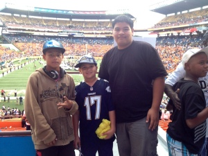 Sen. Shimabukuro served as a mentor/chaperone for Waianae athletes who attended the Pro Bowl on 1/26/14 compliments of the Federal Law Enforcement Foundation.  L-R: Jayden Munro, Bronson saltiban, & Jordan Vierra.