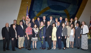 Senate takes group photo with newly appointed DOA Chair Enright and Deputy Chair Shimabukuro-Geisher.