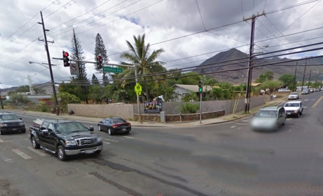 Intersection of Nanakuli Ave. and Farrington Hwy.